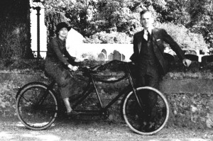 Bob & Esther Greenleaf in the 1930s